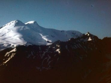 Az Elbrusz impozáns csúcsai, mindkettőn jártunk