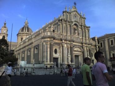 Egy nagy templom Cataniában
